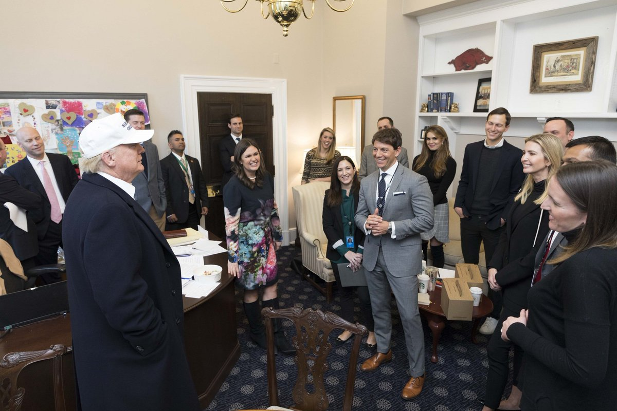 WH releases photos of POTUS and WH staffers smiling on this first day of #shutdown