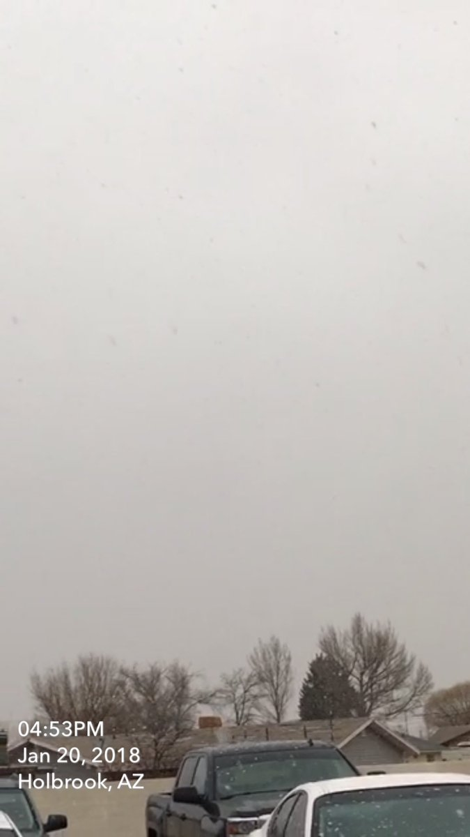 Snowing in Holbrook, AZ near I-40.  Courtesy: Yolanda Johnson via @Snapchat #azwx