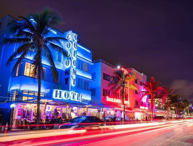 Neon nights on Ocean Drive #LoveFL Credi...