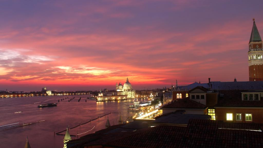 Hotel Danieli Venice On Twitter Some Romantic Sunsets Don