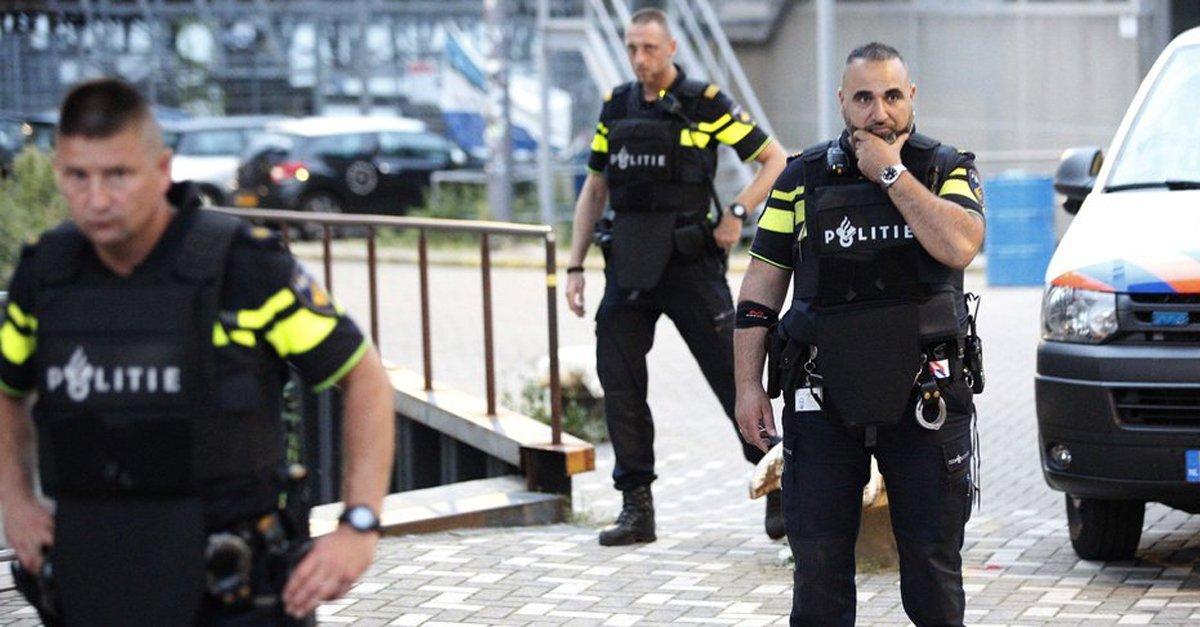네덜란드, 청소년 '비싼 옷' 경찰이 구입 과정 검사한다  비싼 옷을 입고 다니는 청년들이 단속 대상  https://t.co/27p147DPCt