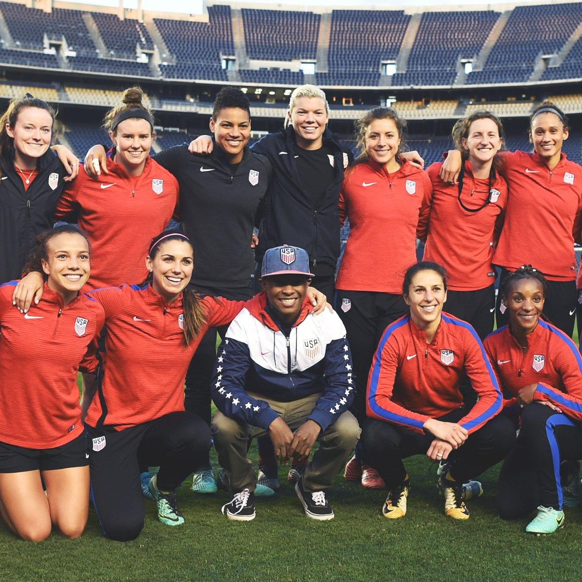 RT @ussoccer_wnt: New friend! Always an honor to host @MakeAWish 💫 at training. https://t.co/j2lfeHBvMh