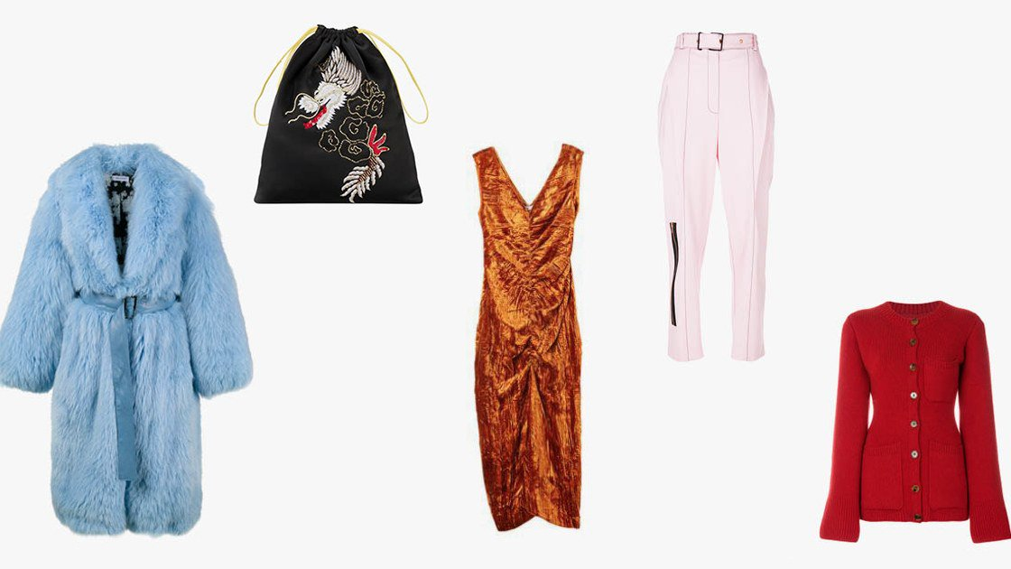 What 9 @voguemagazine editors are shopping on (final!) winter sale: https://t.co/oY4qfAv0dS https://t.co/LsPKb54sBF