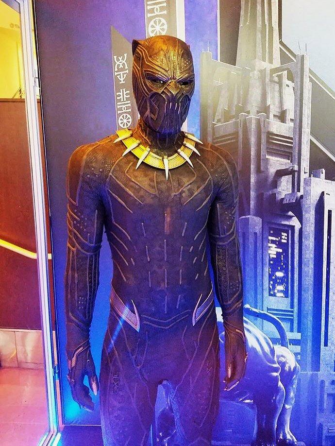 Erik Killmonger golden Jaguar suit  #Bla...