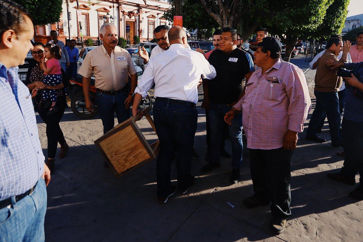 Enrique Alfaro On Twitter No Pod A Irme De Zacoalco Sin Pasar  # Muebles Peyan Guadalajara