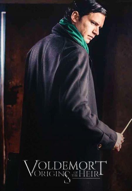 Watching #VoldemortOriginsOfTheHeir right now!! 📺🤓💚🐍 #FanFilm #Voldemort #TomRiddle #Tryanglefilms #Slytherin https://t.co/SBUnfoJrOM