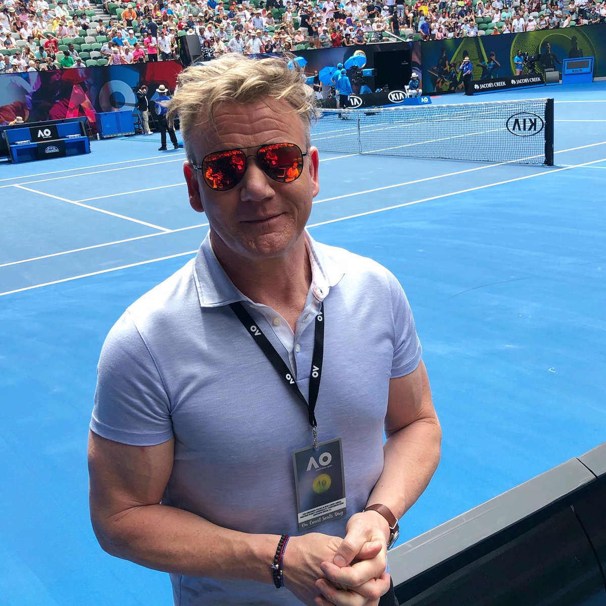 RT @GordonRamsay: Excited to see an amazing match today at the @AustralianOpen ! #ausopen #australia #melbourne https://t.co/xRcH4mxcKd