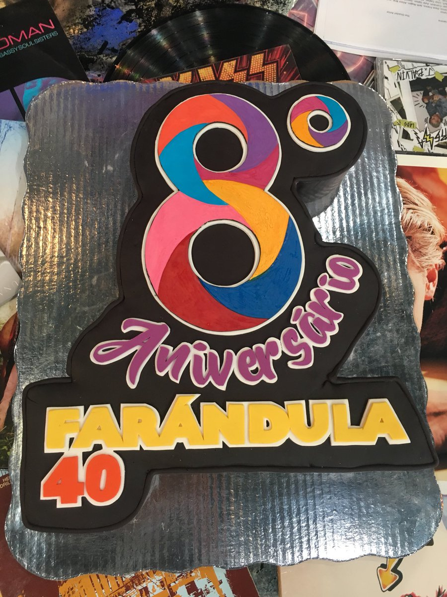 #8AñosConFarandula40 https://t.co/G76gef...