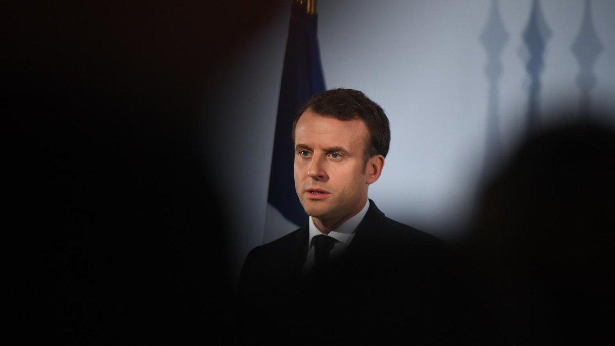 La popularité d'Emmanuel Macron et Edouard Philippe repart à la baisse en janvier.  https://t.co/BxMAugEMj8