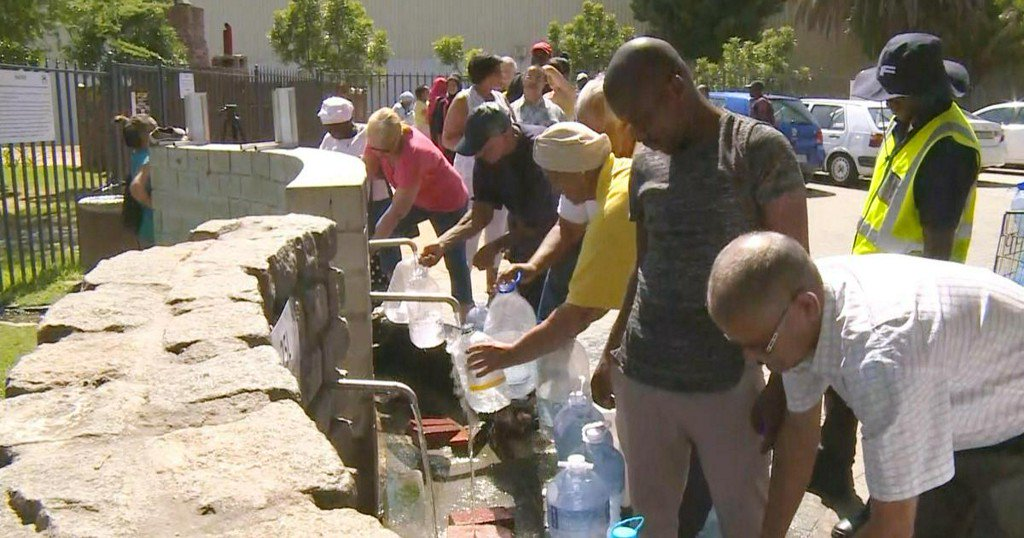 Cape Town, on verge of running out of water, braces for 'chaos' https://t.co/PJMPy6dDsE