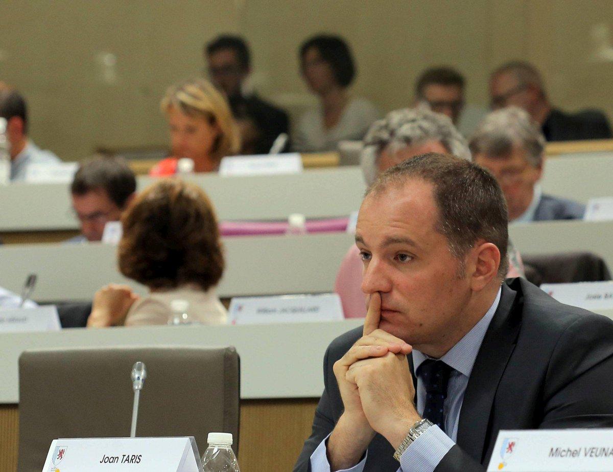 Joan Taris, président du Modem Gironde et élu régional, est mort https://t.co/8PnxoM5zKD
