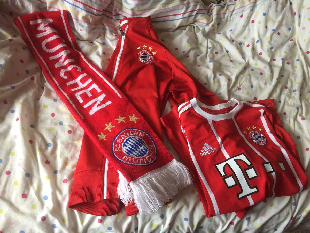 Ready for the match 🔴⚪️ #MiaSanMia #FCBS...