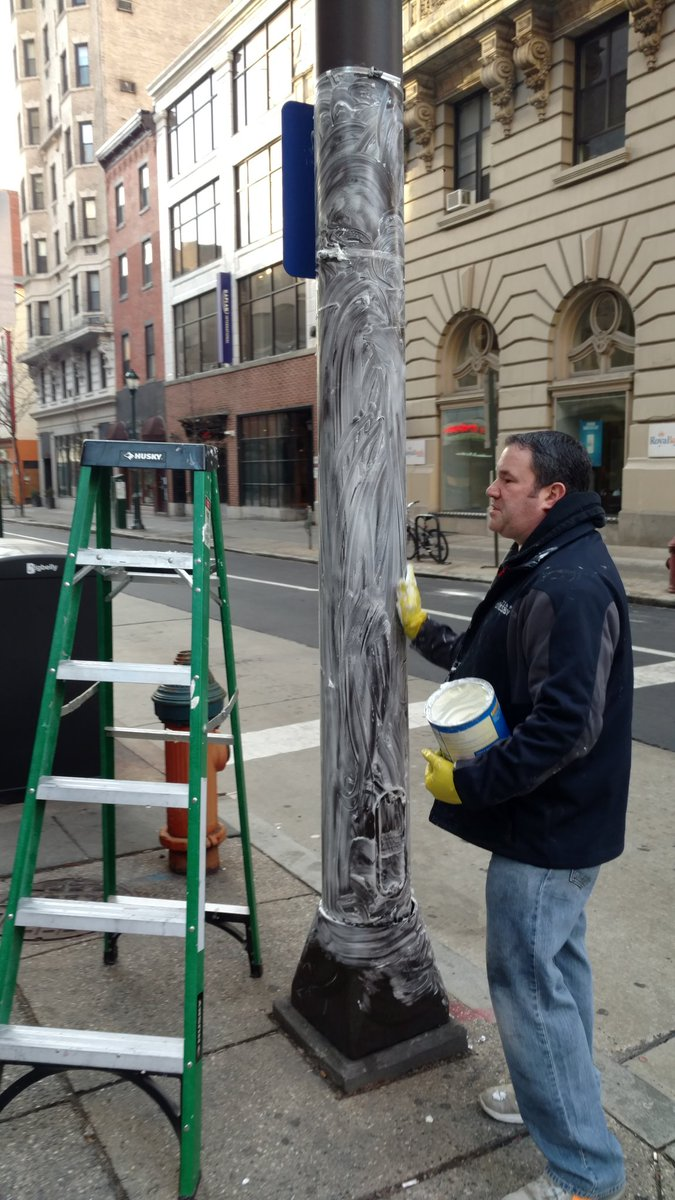 Good morning from Philly where crews from the city are greasing the light poles with Crisco to prevent #Eagles fans from climbing after the #NFCChampionshipGame tonight.  #Vikings pregame coverage starts at 3 on FOX9.  They call themselves the #CriscoCops