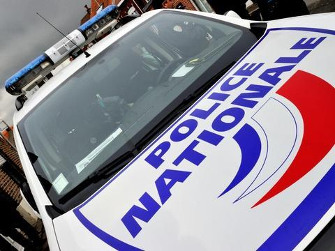 Lyon: Sans permis et sous stupéfiants, un unijambiste pousse la police à une folle course-poursuite https://t.co/1LCE93iE09