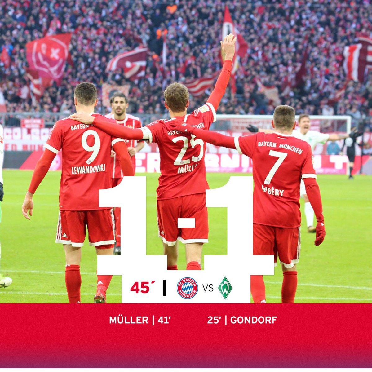 ¡DESCANSO! El gol de @esmuellert_ nos mete de nuevo en el partido. ¡A por la remontada! #FCBSVW https://t.co/Io9wGAza5a