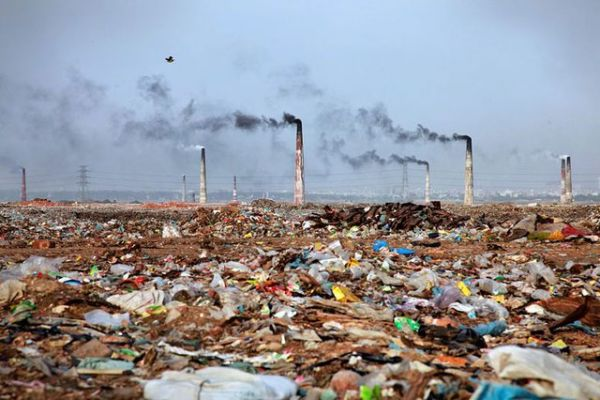 WHO, UNEP join effort to curb environmental health risks https://t.co/sRq0CGuYad https://t.co/yQza9LPbdZ