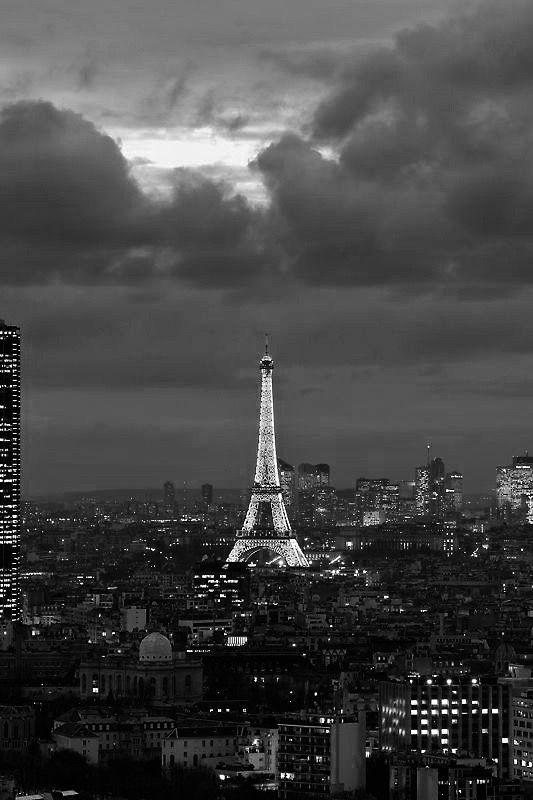 Paris je t'aime !  - Page 2 DUEzfRpXUAA2nlj