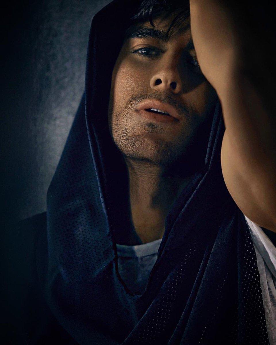 I Like It Enrique Iglesias: Enrique Iglesias (@Enriquettes305)