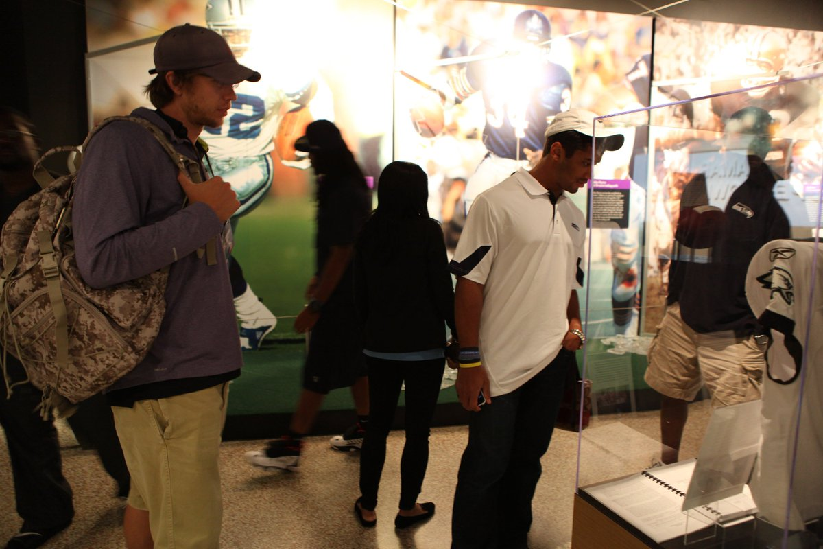 .@Eagles QB @NFoles_9 visited the Hall during the @NFL Rookie Symposium in 2012. During his tour he was able to see the artifacts we had on display in our Football Today Gallery at the time. Also pictured is @Seahawks QB @DangeRussWilson. #NFLPlayoffs