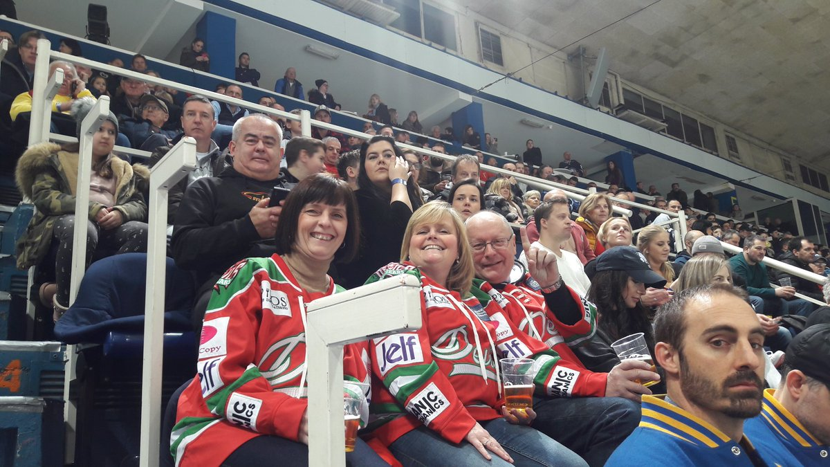 We have some @cardiffdevils fans in the...