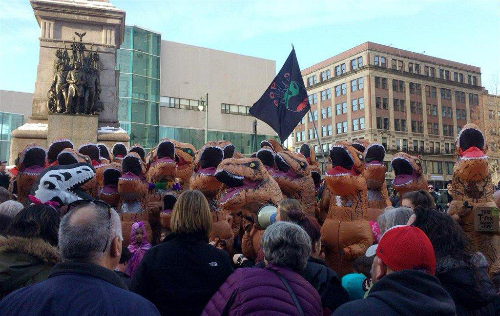 Maine City Throws Itself a T. Rex Party https://t.co/dZfIhIX0mu