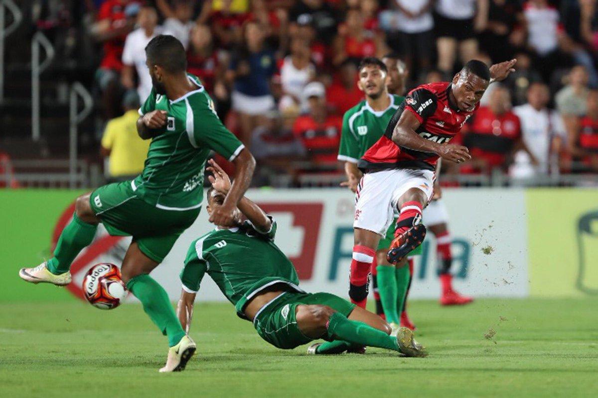 RT @Flamengo: Rexxxpeita os #GarotosDoNinho https://t.co/J0fskI9sFb