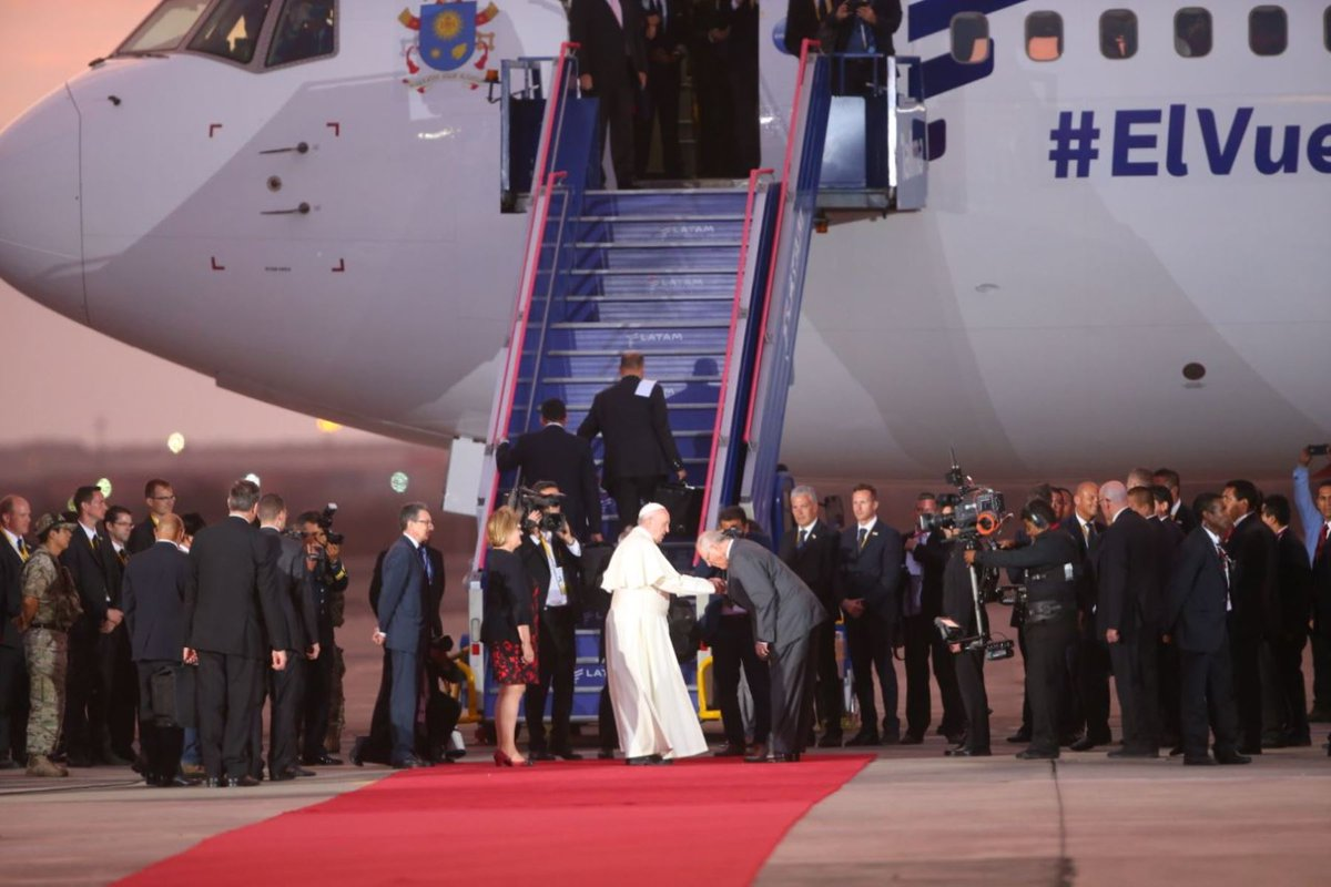 Pope ends four-day visit to Peru, returns to Rome https://t.co/xorCU3dm3V