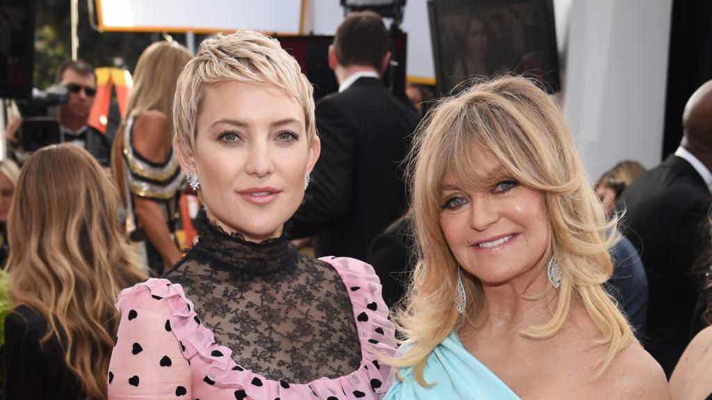 Why @GoldieHawn and Kate Hudson agreed to co-present at the #SAGawards. https://t.co/Omlwu75bto