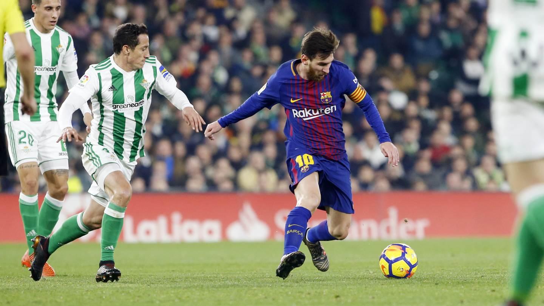 برشلونة يضرب ريال بيتيس بخماسية ويواصل الصدارة