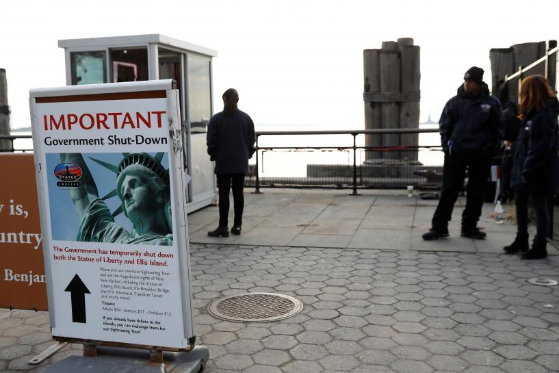 Statue of Liberty to reopen; shutdown keeps other parks, monuments closed https://t.co/1px0SmZFy4