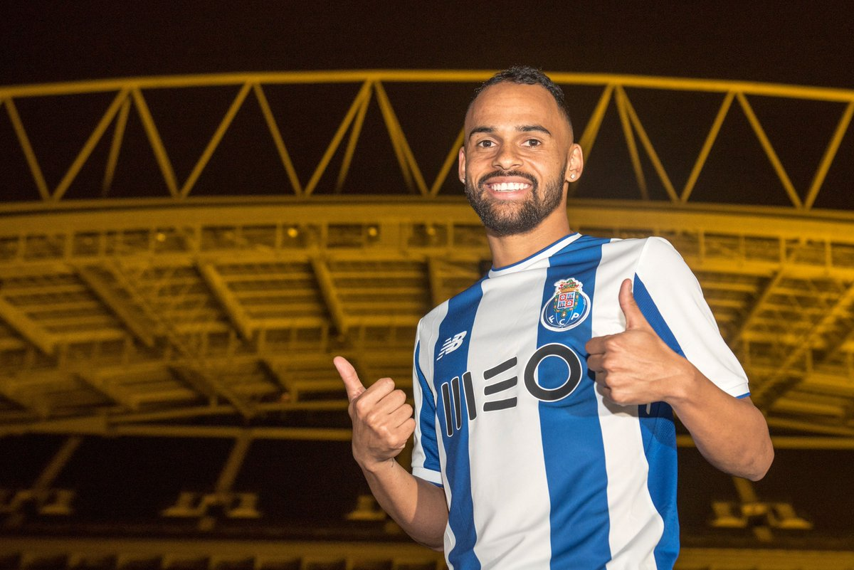 Bem-vindo Paulinho 🔵⚪ #FCPorto #paulinho