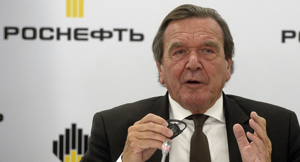 'Yes, it's love': #GerhardSchroeder takes to Korean food because of girlfriend sptnkne.ws/g6wN