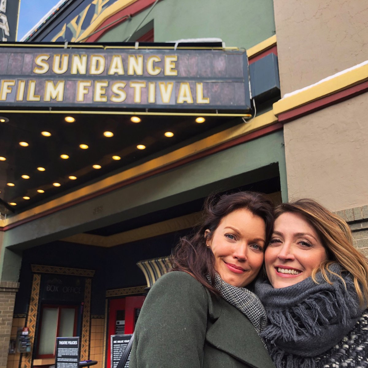 Look who I get to spend my day with: the beautiful @thesashaalexander ! We're in #ParkCity promoting our movie @BernardAndHuey at #Slamdance! Check it out Tuesday at 5p or Thursday at 5:30p! Hope you guys are having a great day too!! ❤️❄️💋🎬🥂🎉 📸 by @EdoardoPonti 🤓