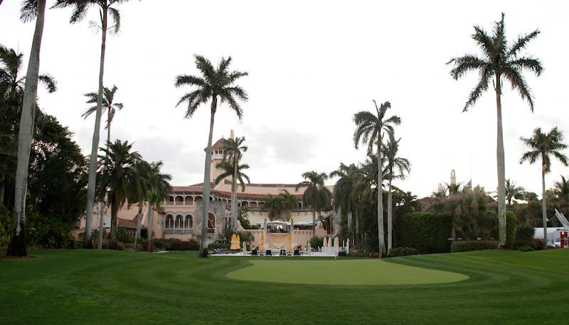This Mar-a-Lago visitor was not impressed by the caviar/plastic spoon situation https://t.co/9nff9PBSQi