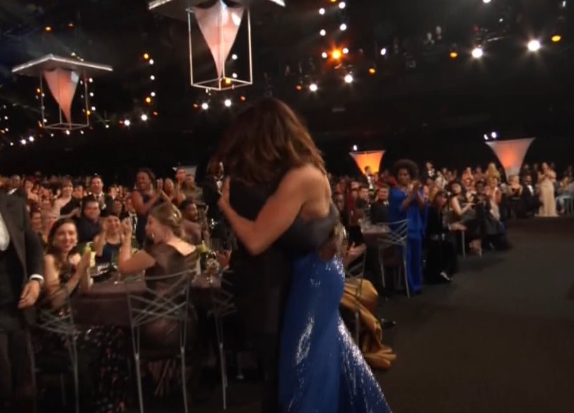 RT @EW: This is... adorable! ❤️ #ThisIsUs #SAGAwards https://t.co/bhXSDz8g8o