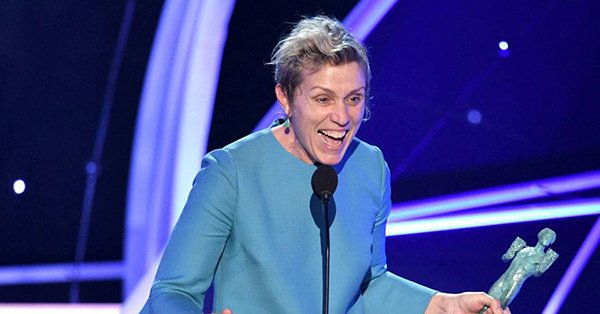 After accepting her award, Frances McDormand gave attention to young actors: 'I come out of the woods every few years and you invite me to the party, but there is a lot of young ones coming up and they need doorstops, too.' https://t.co/Uen3uywCK1