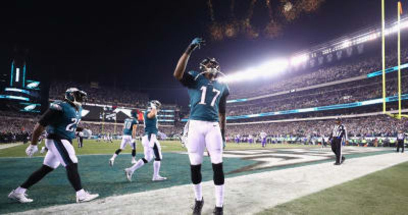 WATCH: Former Gamecock Alshon Jeffrey scores huge touchdown for the Philadelphia Eagles https://t.co/qoypxEXuDa