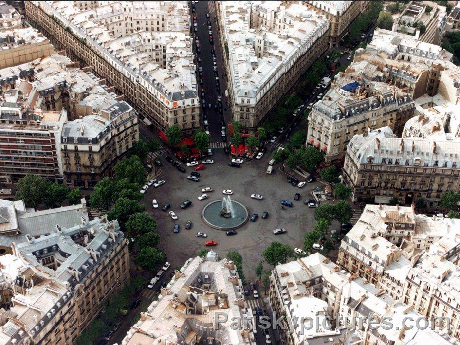 Paris je t'aime !  - Page 4 DUICHeuW0AAnH3N