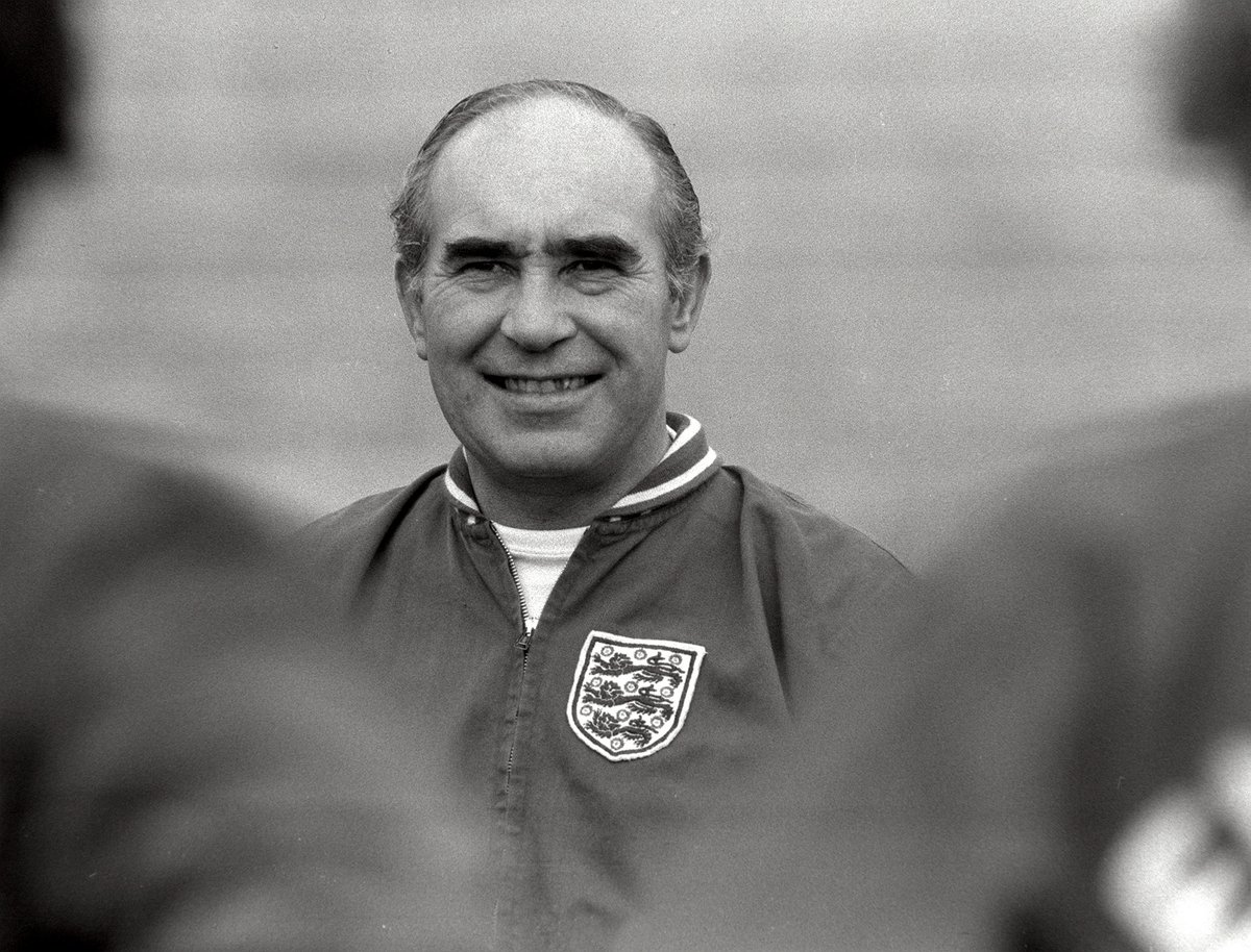 #OnThisDay in 1⃣9⃣2⃣0⃣  Sir Alf Ramsey, the mastermind of @England's 1966 #WorldCup win, was born 🏴󠁧󠁢󠁥󠁮󠁧󠁿🏆