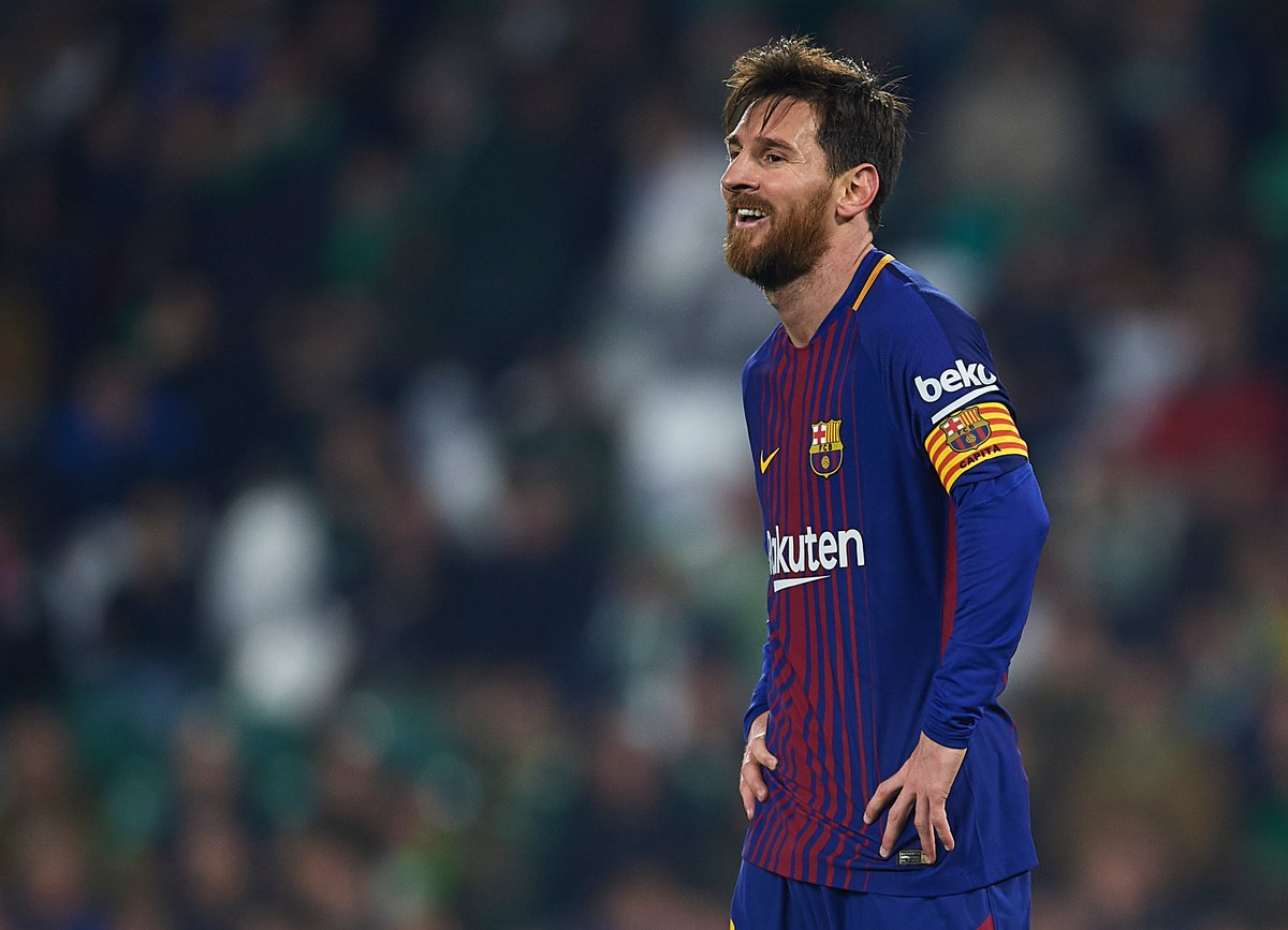 Lionel Messi 2017/18 in @LaLiga:  👕 20 ⚽️ 19  🅰️ 9   #UCL #Barca