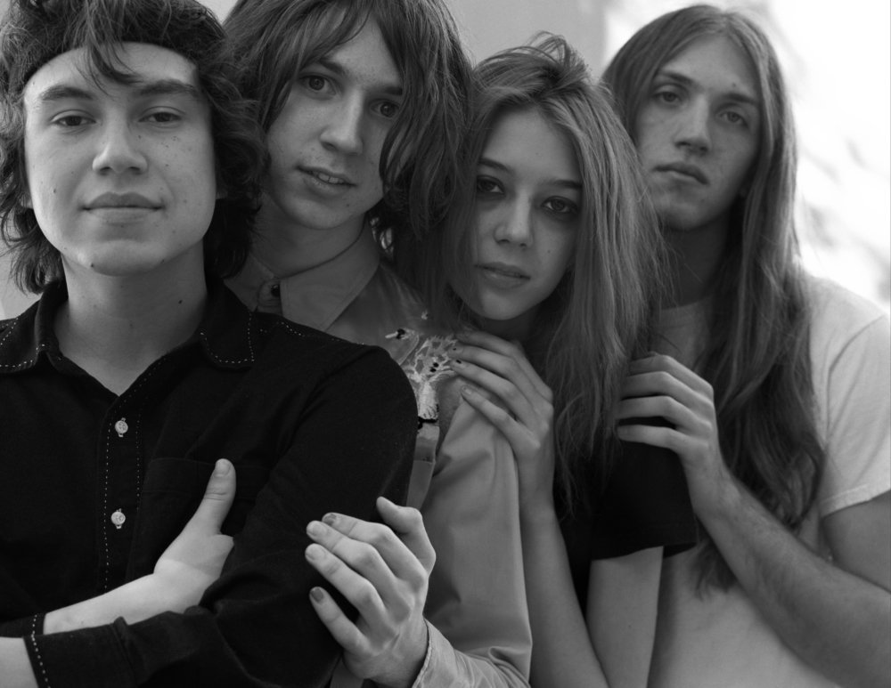 After two years of melting faces and blowing minds as part of L.A.'s thriving glam rock scene, @thestarcrawler has just released their self-titled debut LP https://t.co/eBdfb3BXeB
