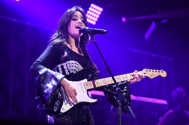 Camila Cabello and her fans go crazy over news of debut album #Camila topping the Billboard 200 https://t.co/RsIhUDCOGW