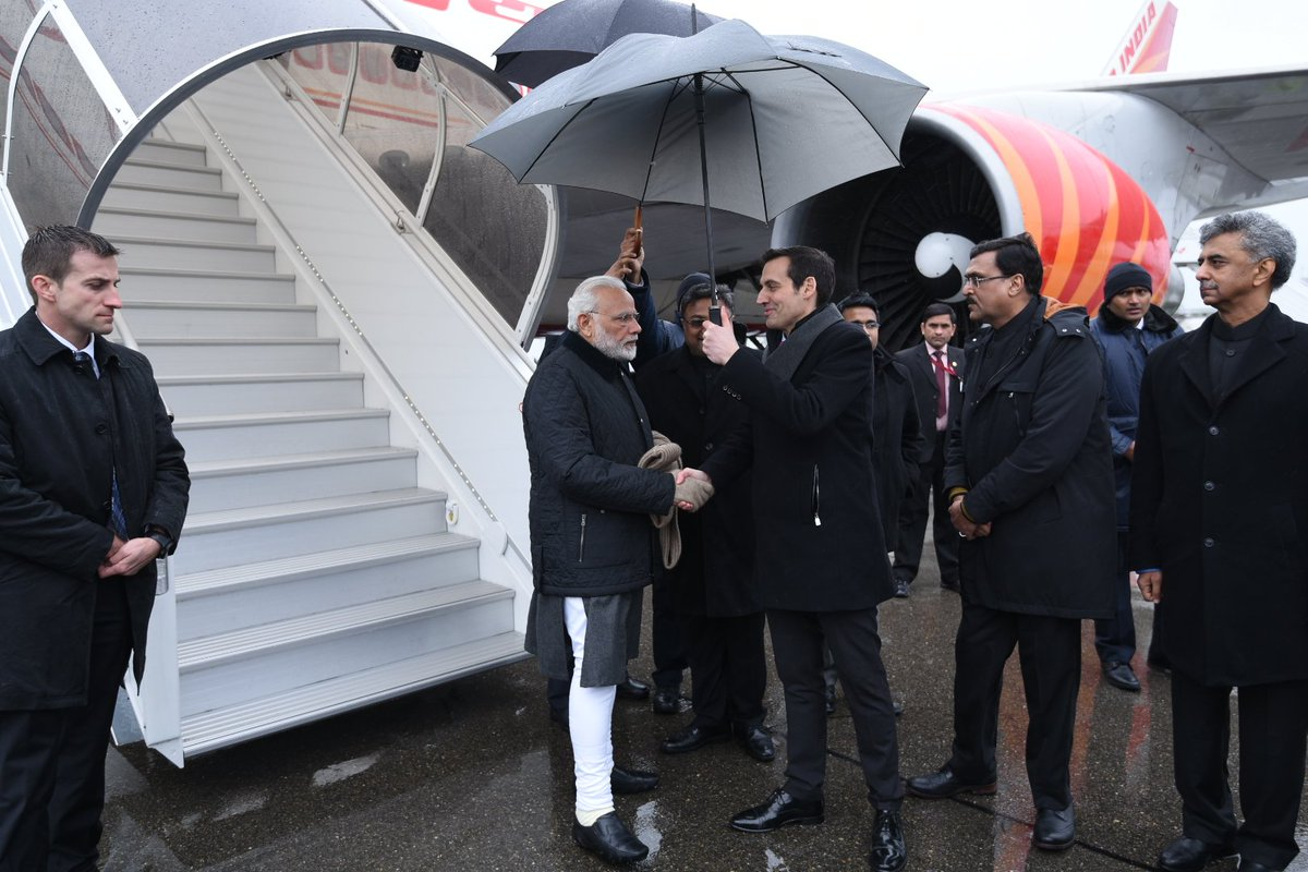 PM @narendramodi reached Switzerland, where he will take part in the @wef. https://t.co/ASA0qamQfS