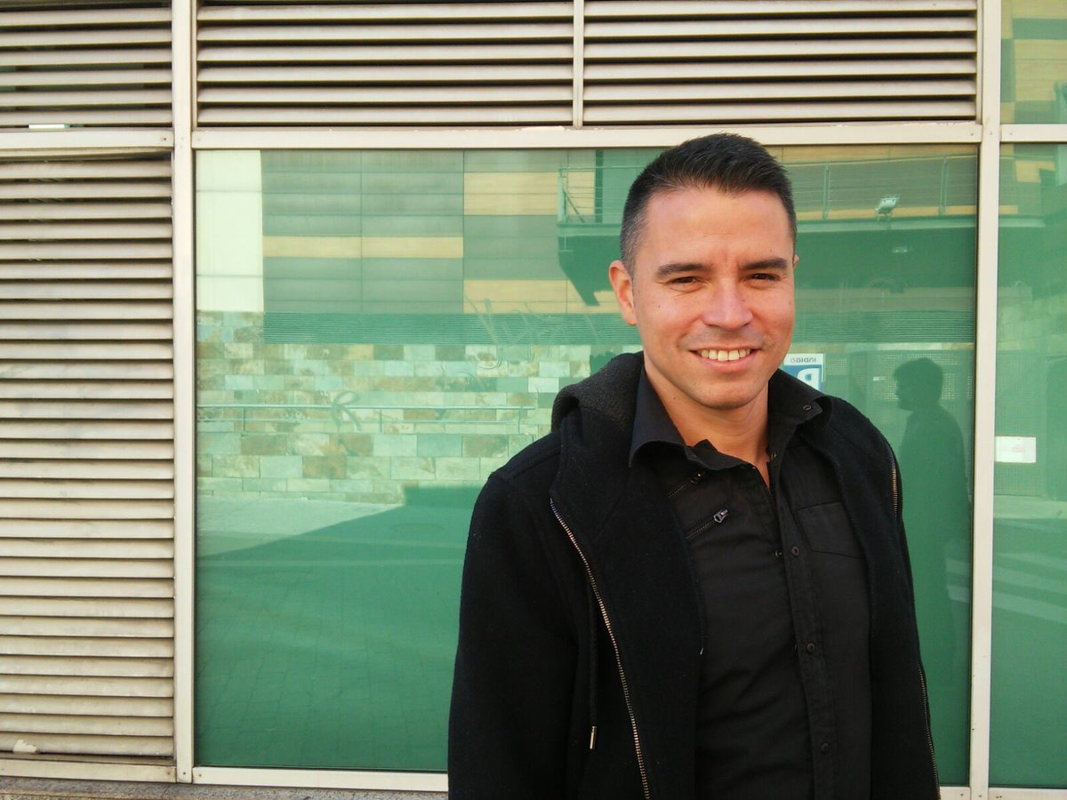 Exciting day for the @CoachesVoice team. We're in Spain to meet Javier Saviola... catch him soon at