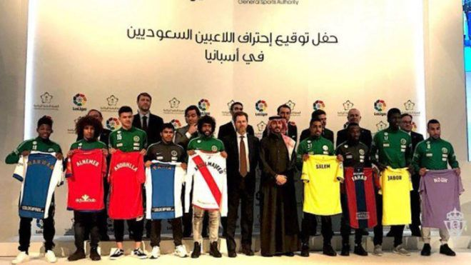 9⃣  players  7⃣  teams  There is a Saudi flavour to #LaLiga now  🇸🇦  https://t.co/YrPn56GHSq