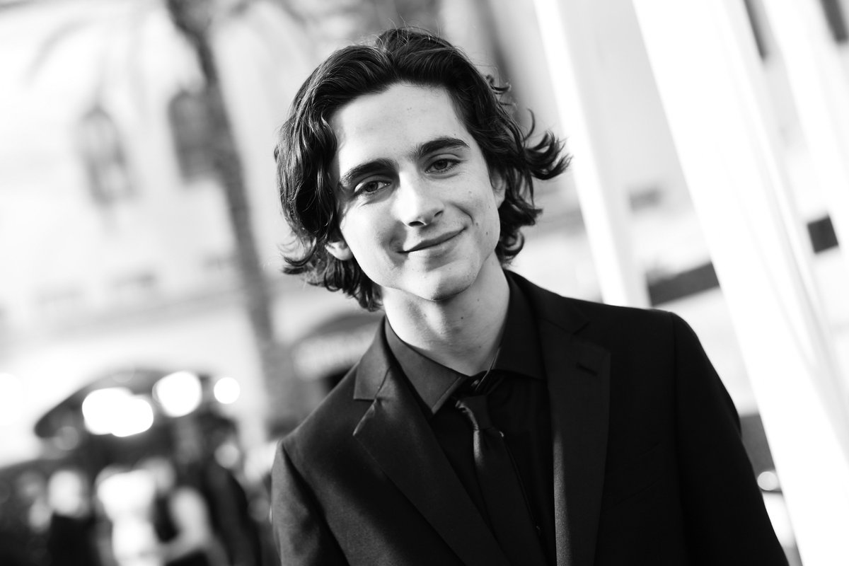 Trying to make your Monday a little better with these photos of @RealChalamet 🖤