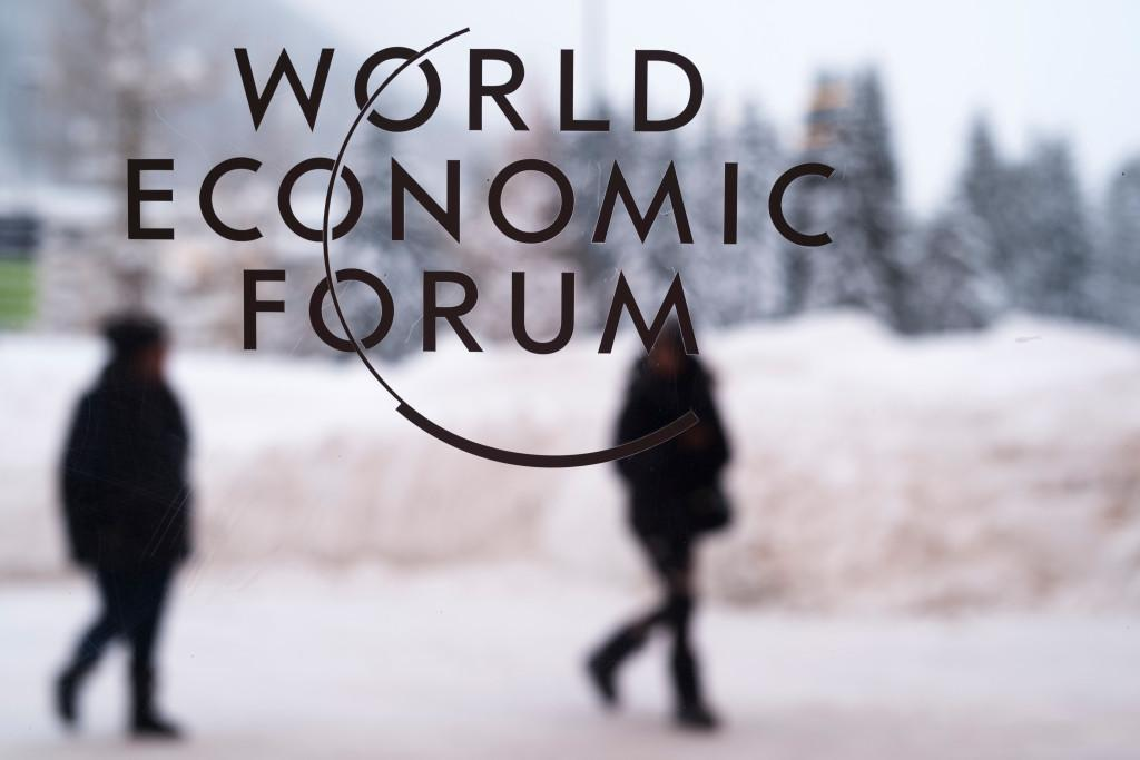 Trump to face mixed welcome at elite Davos gathering https://t.co/tOpuZ1UPHS