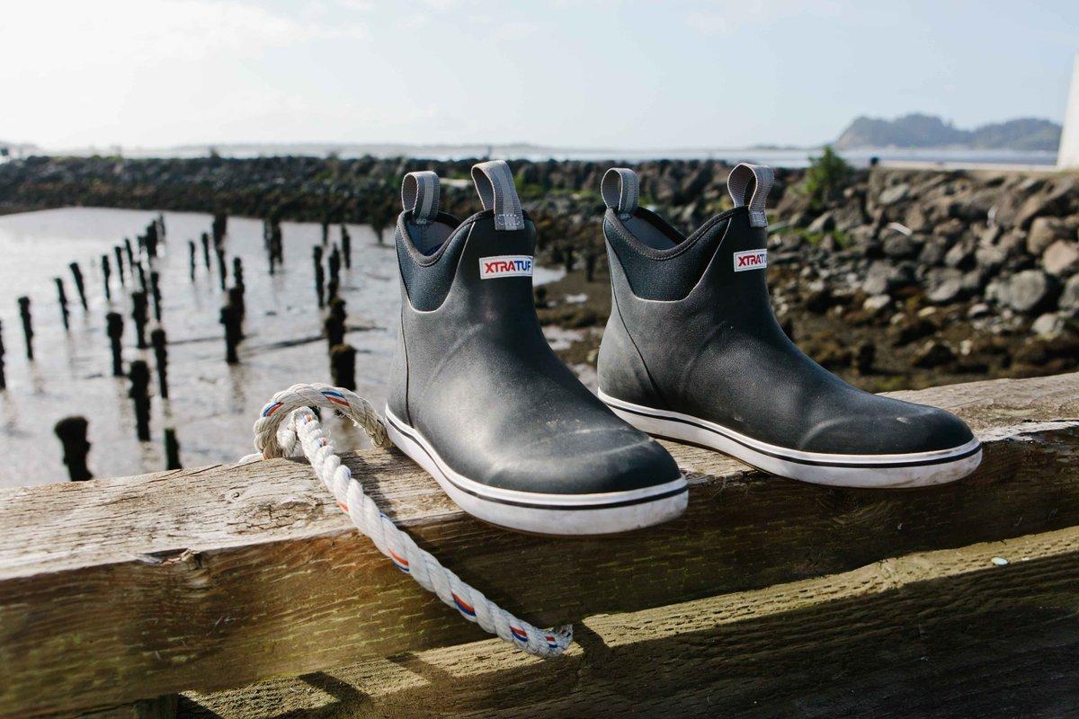 xtratufs 6 ankle deck boots