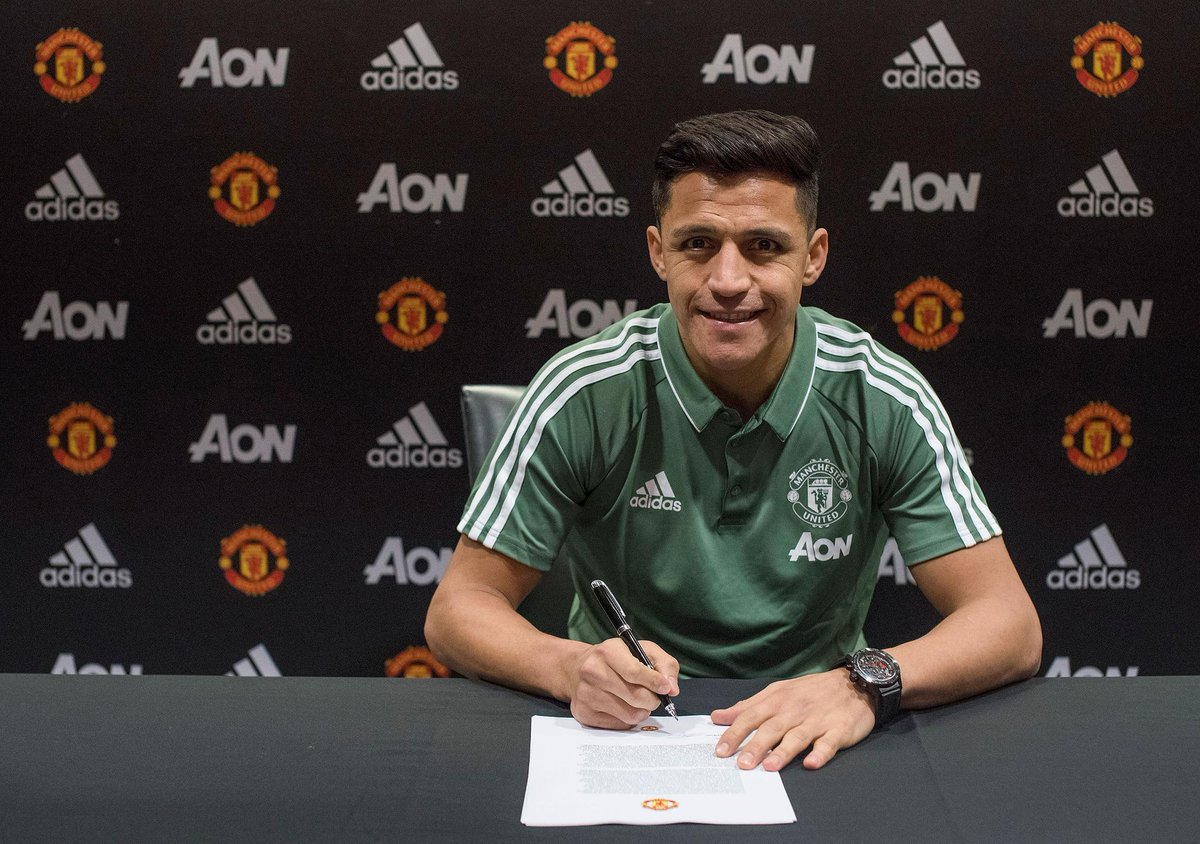 Alexis Sanchez 'thrilled' to join @ManUtd from Arsenal: https://t.co/M13RyOmPbd