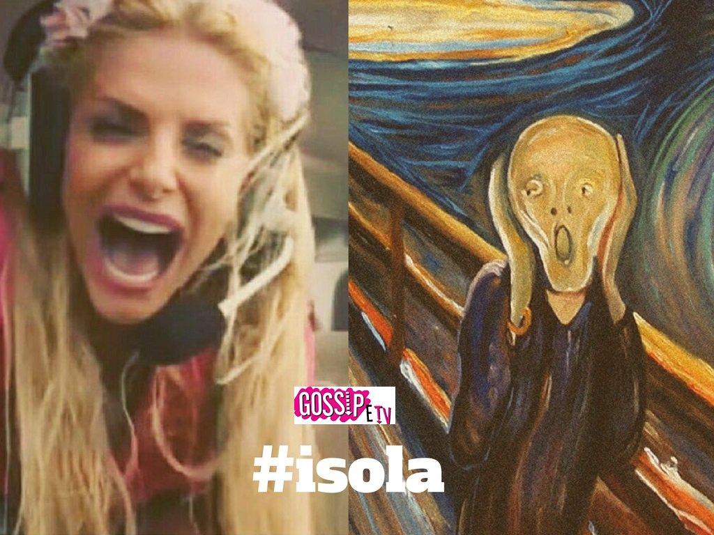 RT @GossipeTv: Trova le differenze 😂😂😂#francescacipriani #isola #urlodimunch https://t.co/uOrdSf6EZE